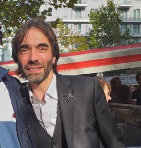 Cédric Villani au marché de l'Aveyron à Bercy en octobre 2019